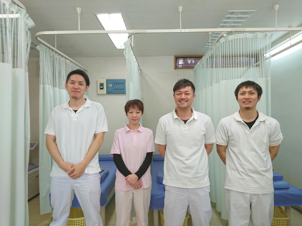 https://clinic.jiko24.jp/storage/たから接骨院スタッフ